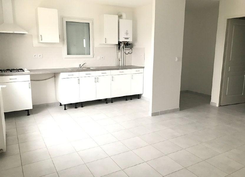Appartement à louer 58.21m2 à Pont-de-Chéruy