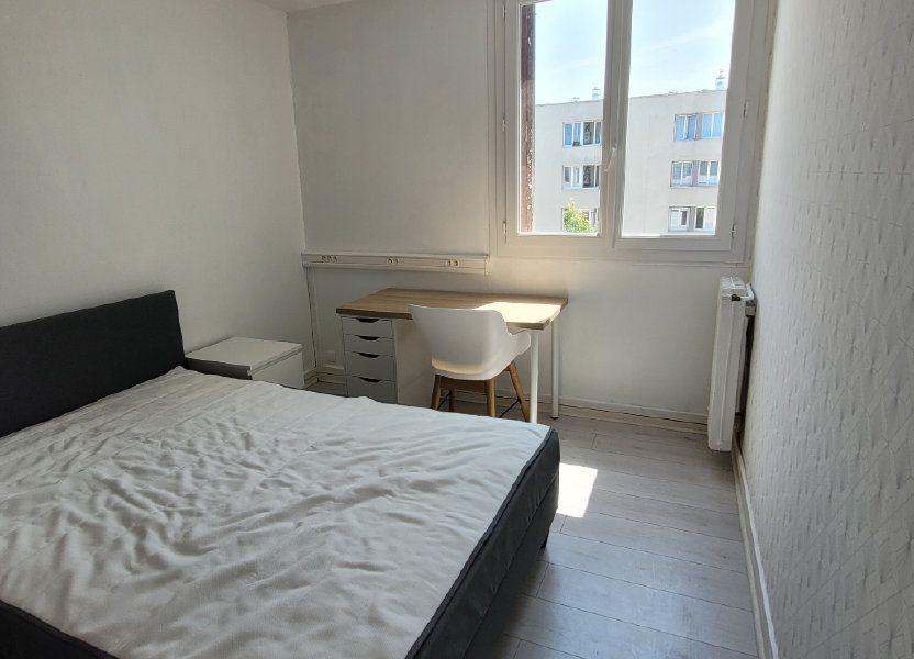 Appartement à louer 75.9m2 à Saint-Brieuc