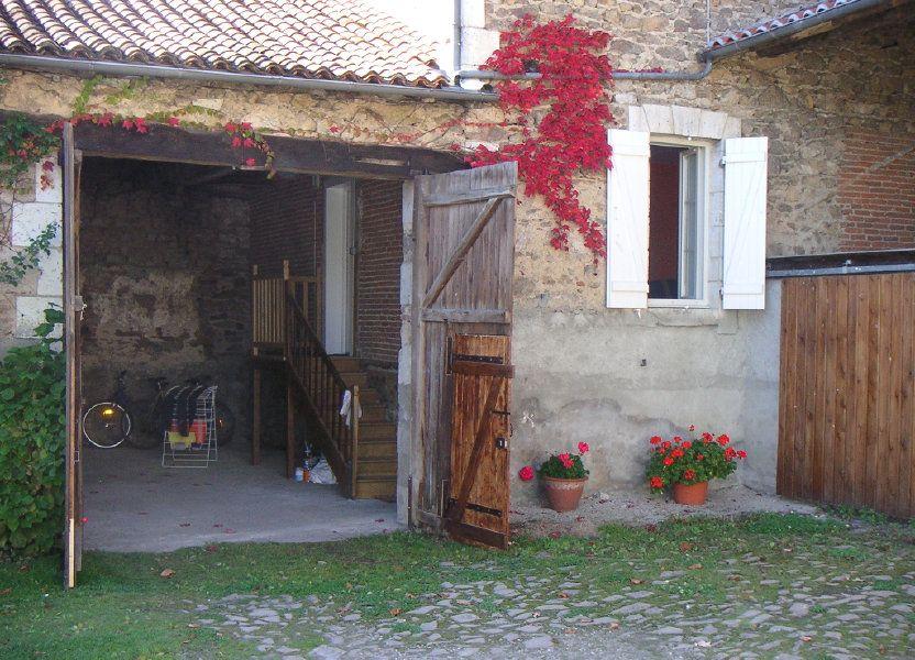 Maison à louer 109m2 à Étagnac