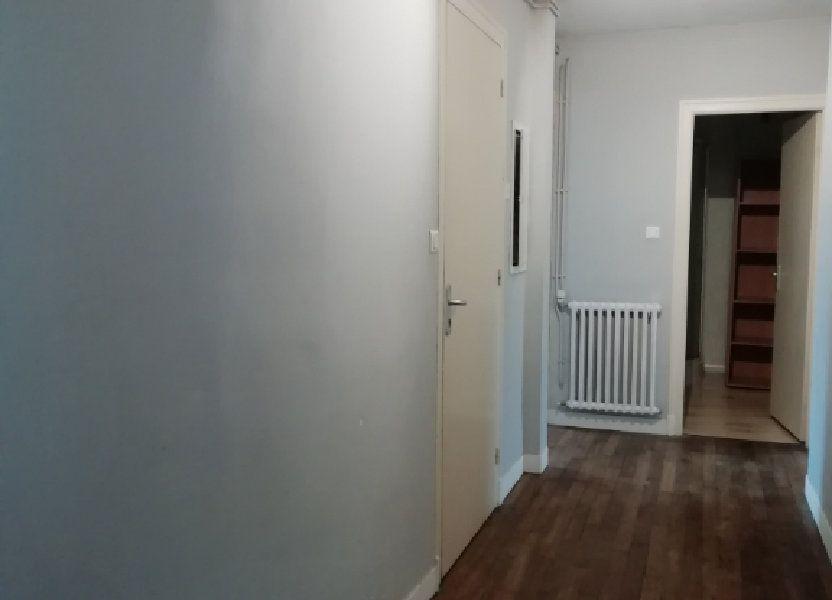 Appartement à louer 83.67m2 à Carhaix-Plouguer