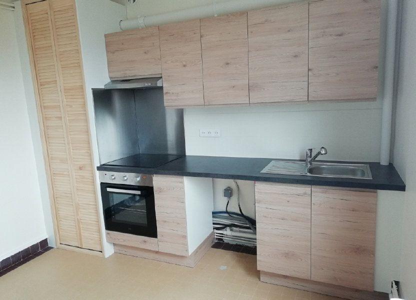 Appartement à louer 54.55m2 à Saint-Nazaire