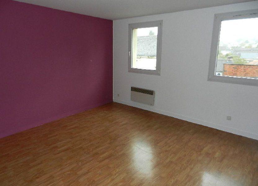 Appartement à louer 53m2 à Équeurdreville-Hainneville
