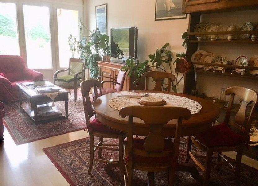 Appartement à louer 82m2 à Équeurdreville-Hainneville