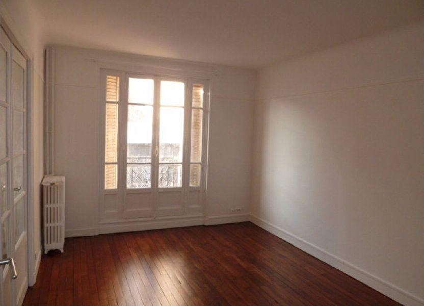Appartement à louer 62.14m2 à Saint-Ouen