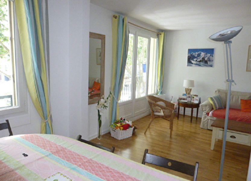 Appartement à louer 74.58m2 à Issy-les-Moulineaux
