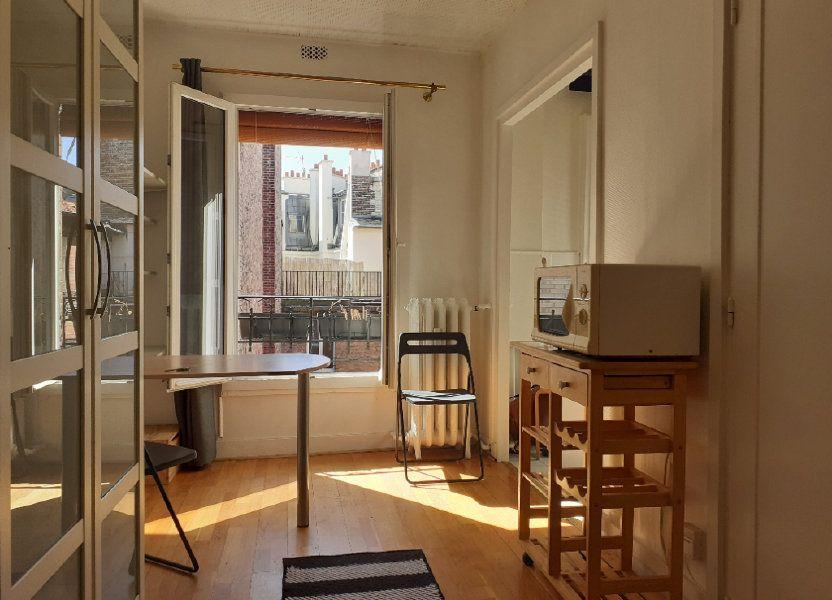 Appartement à louer 16.42m2 à Paris 15