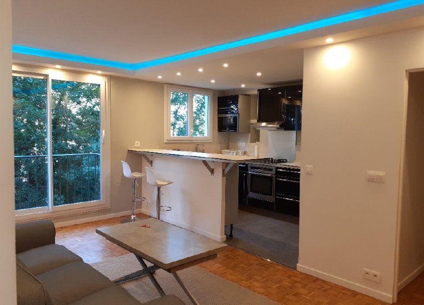Appartement à louer 60m2 à Paris 15