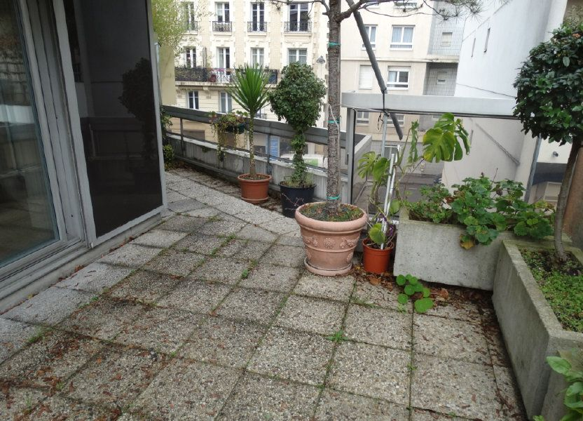 Appartement à louer 52m2 à Paris 15