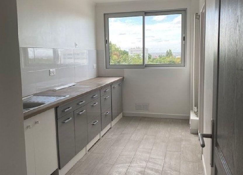 Appartement à louer 68.82m2 à Sucy-en-Brie