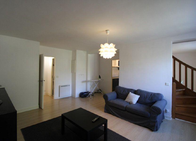 Appartement à louer 66m2 à Barbizon