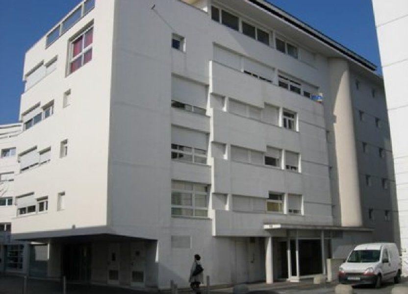 Appartement à louer 24.66m2 à Tours