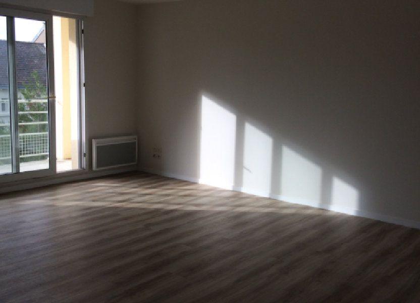 Appartement à louer 74.11m2 à Saint-Cyr-sur-Loire