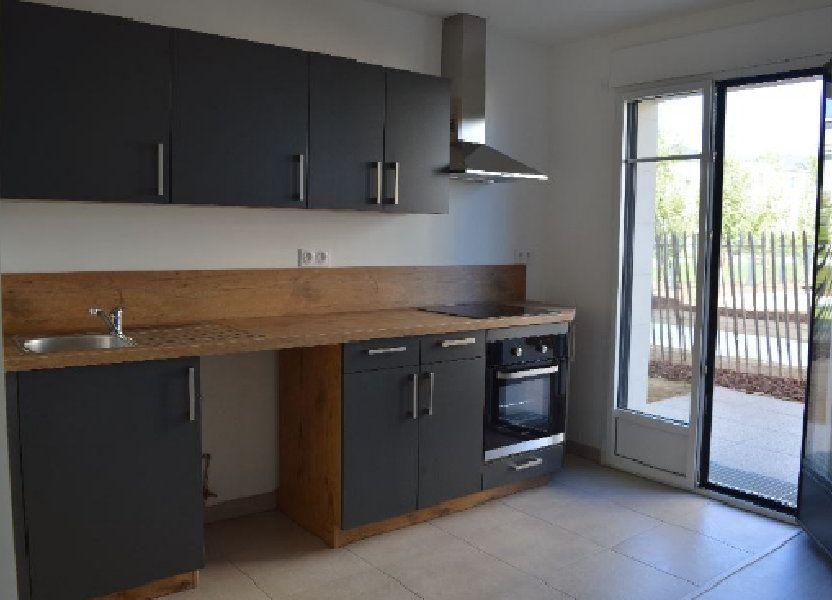Appartement à louer 60.61m2 à Saint-Cyr-sur-Loire