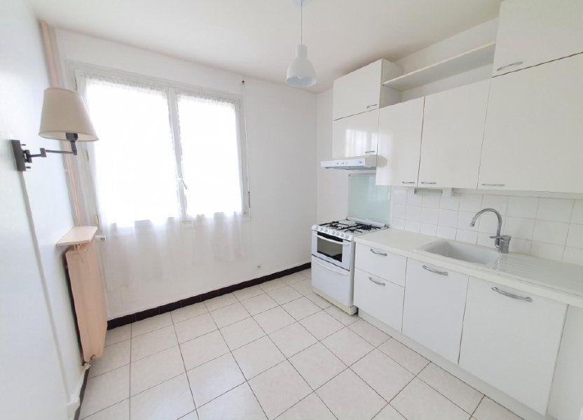 Appartement à louer 59.29m2 à Tours