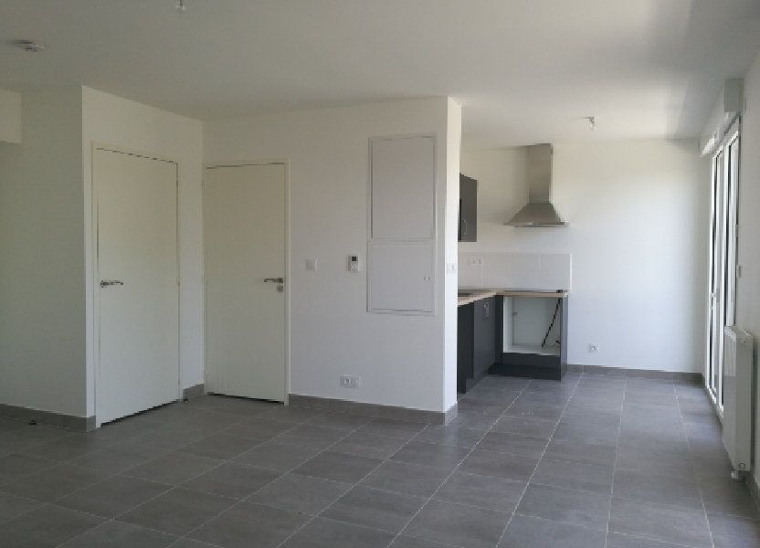 Appartement à louer 35.85m2 à Saint-Cyr-sur-Loire