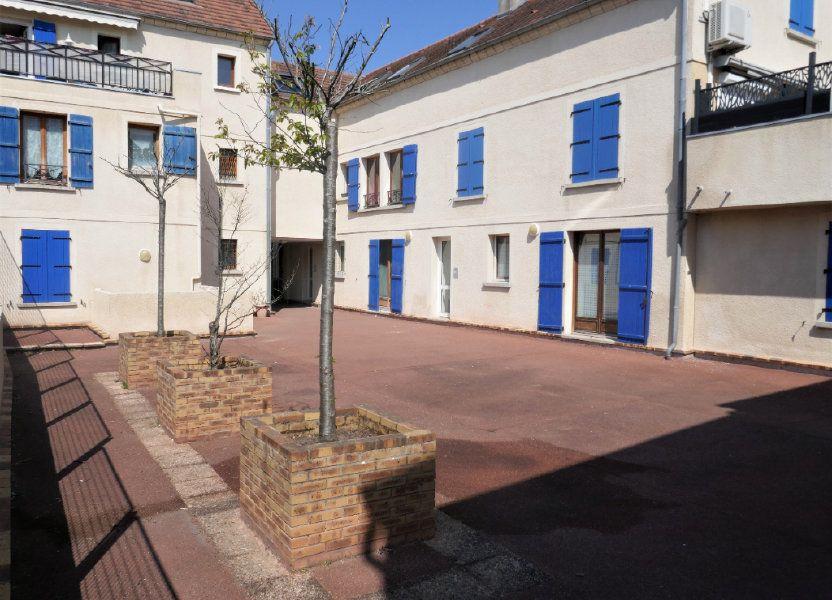 Appartement à louer 24.43m2 à Saint-Leu-la-Forêt