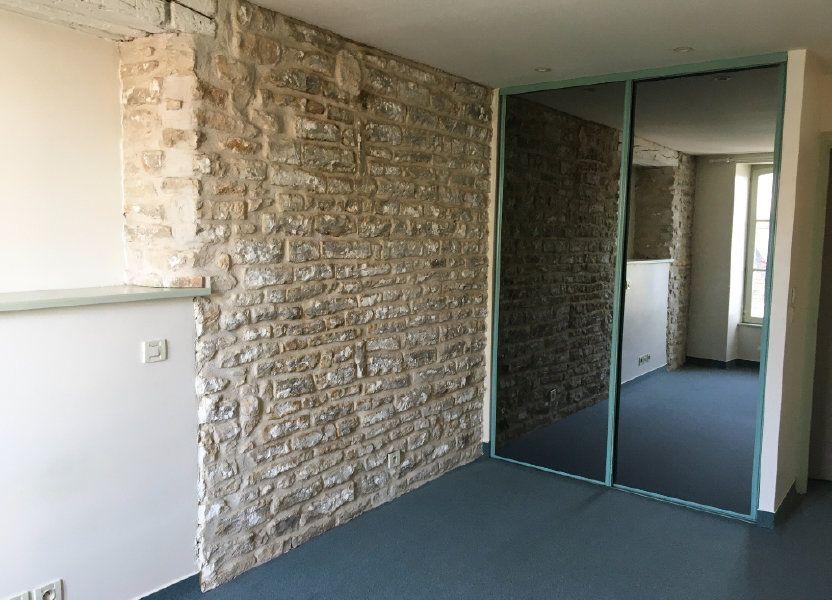 Appartement à louer 56m2 à Brethenay