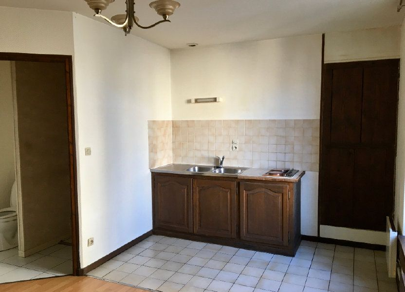 Appartement à louer 24m2 à Chaumont