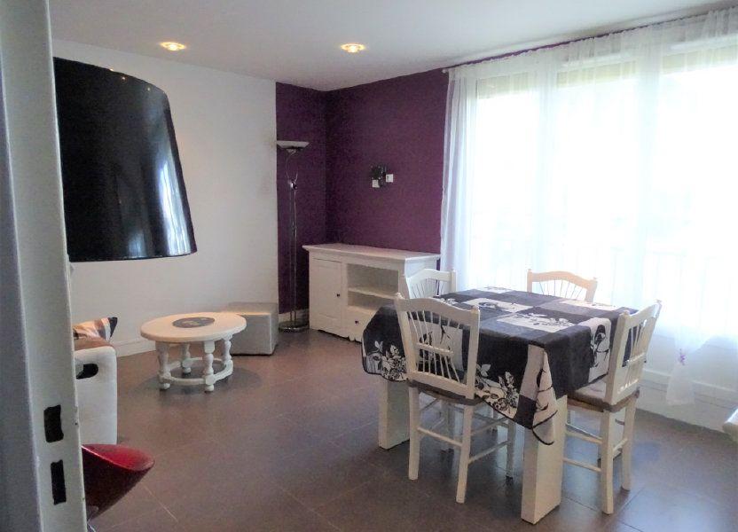 Appartement à louer 55.87m2 à Chilly-Mazarin