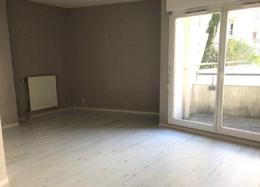 Appartement à louer 27.06m2 à Massy