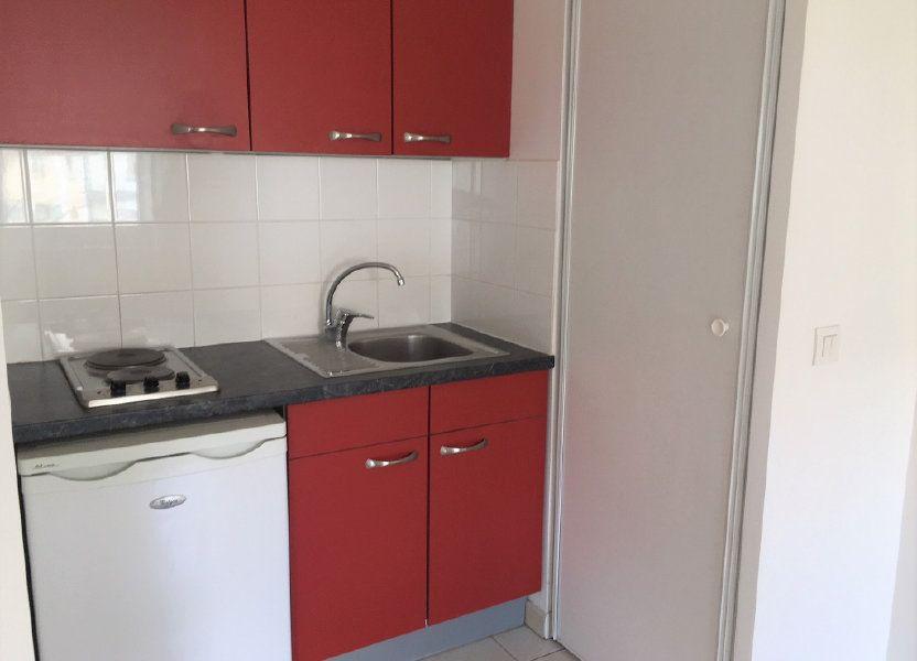 Appartement à louer 24.85m2 à Wissous