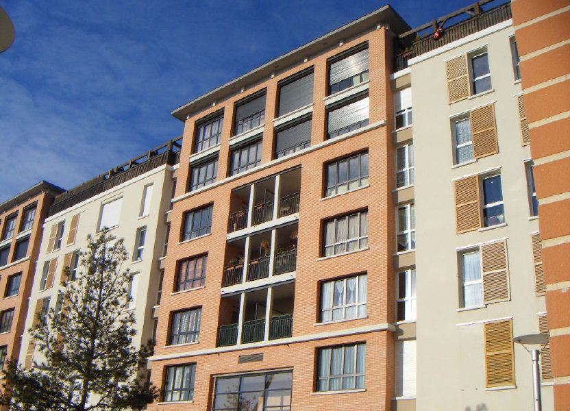 Appartement à louer 49.97m2 à Massy