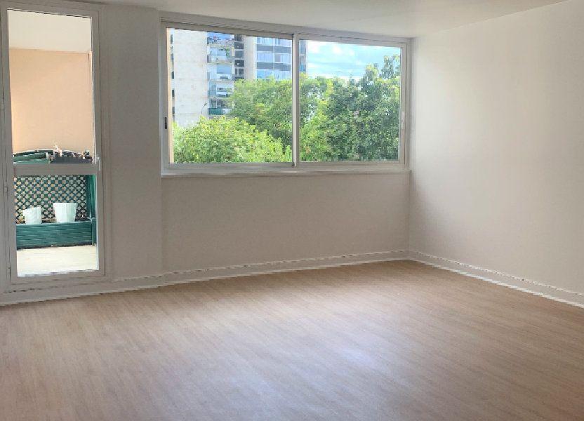 Appartement à louer 94.91m2 à Massy