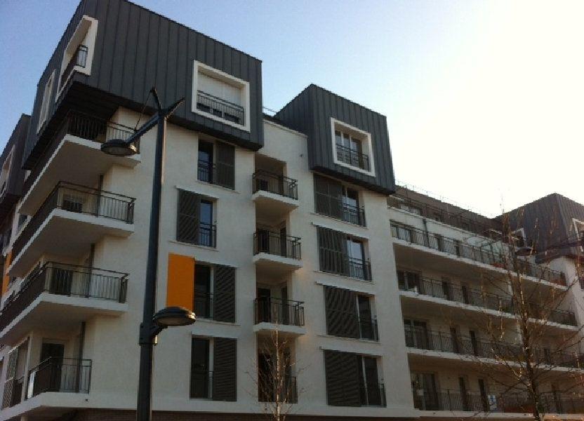 Appartement à louer 53.95m2 à Massy