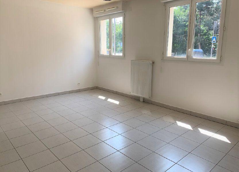 Appartement à louer 25.82m2 à Massy