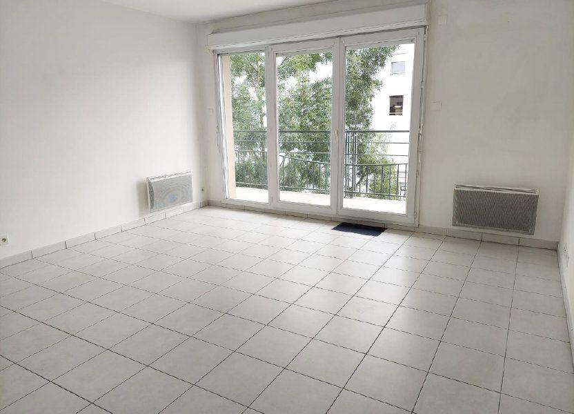 Appartement à louer 63.02m2 à Massy