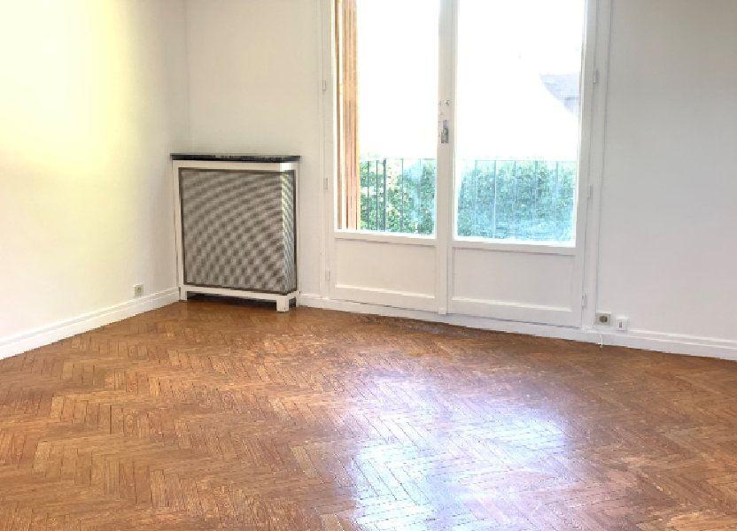 Appartement à louer 53.6m2 à Massy