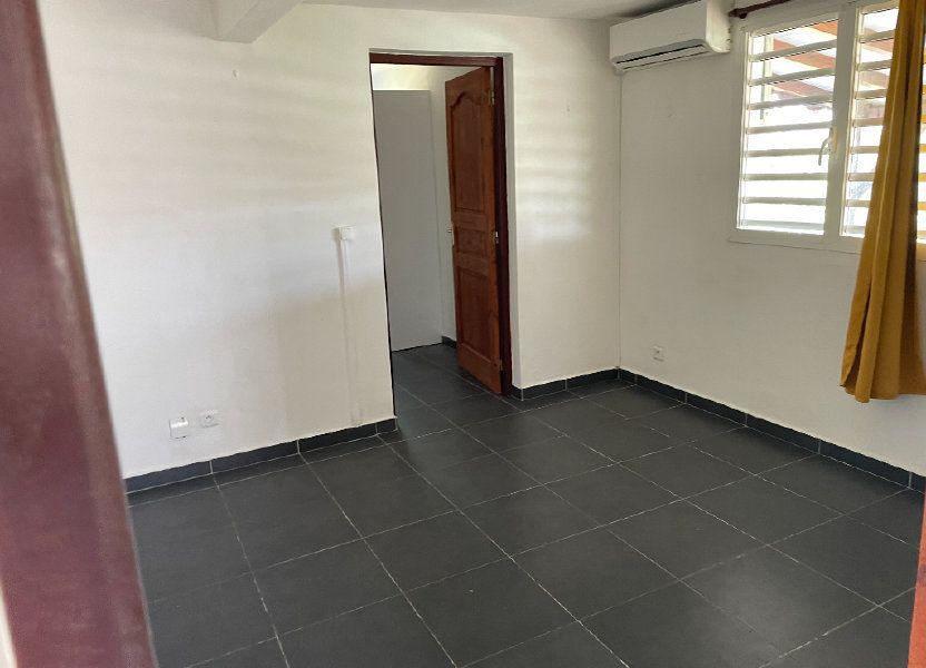Appartement à louer 67m2 à Le Gosier