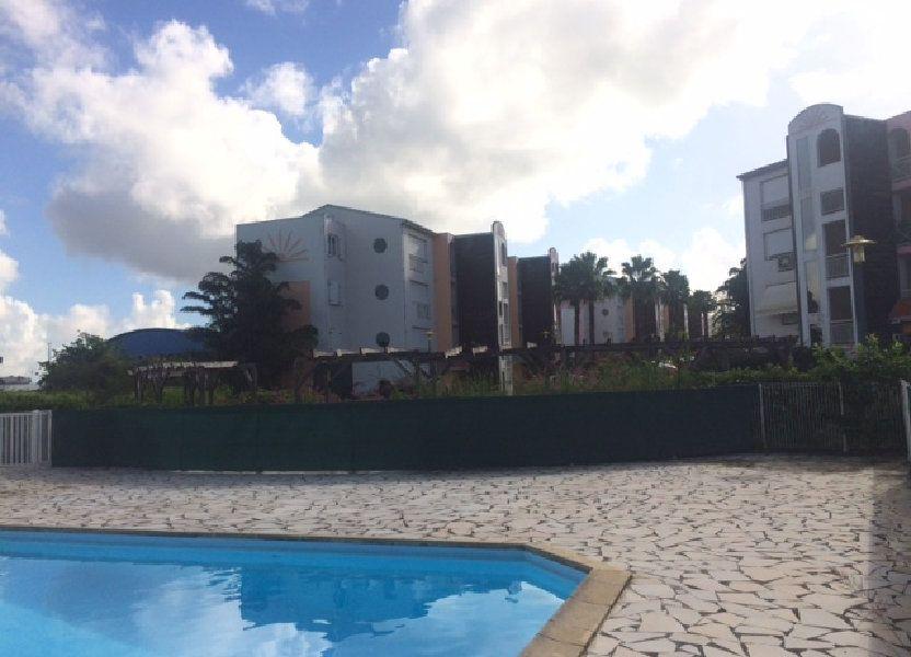 Appartement à louer 69.04m2 à Baie-Mahault
