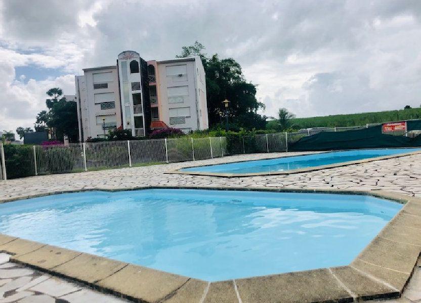 Appartement à louer 65.64m2 à Baie-Mahault
