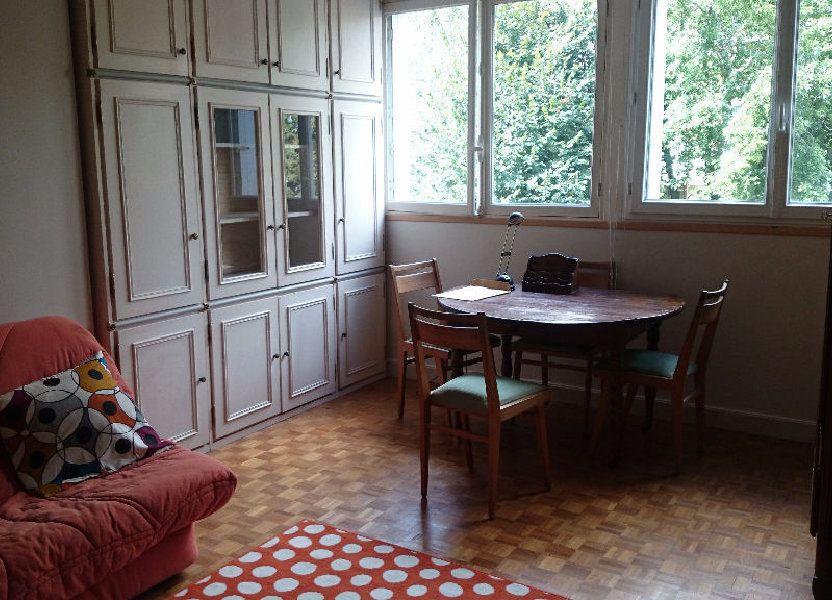 Appartement à louer 60m2 à Paris 13