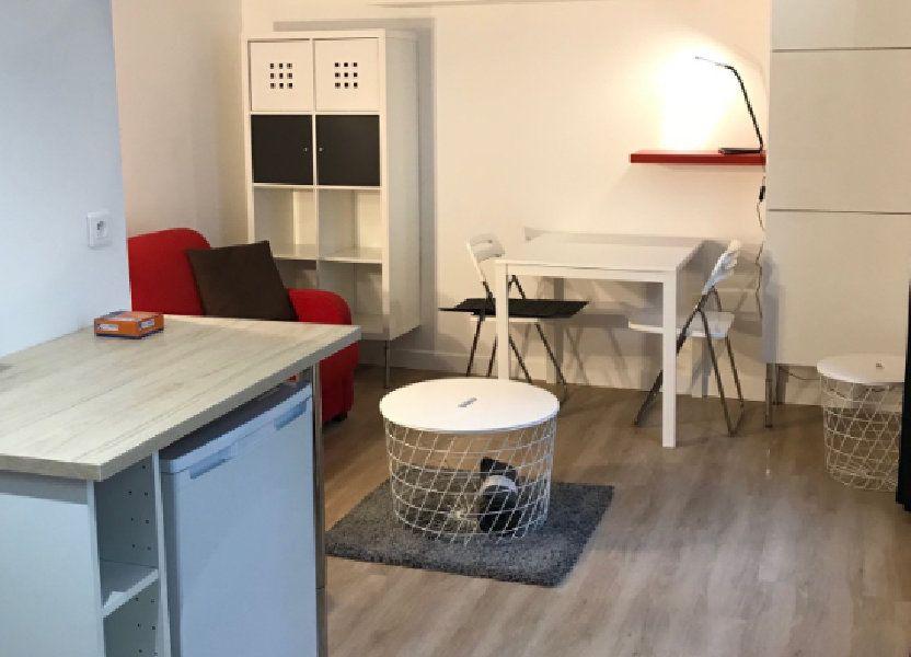 Appartement à louer 17m2 à Paris 11