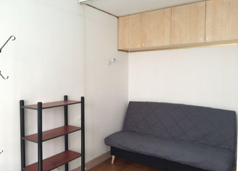 Appartement à louer 25.11m2 à Paris 17