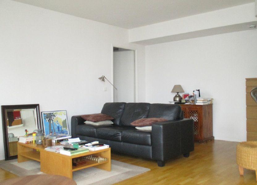 Appartement à vendre 66m2 à Saint-Cyr-l'École