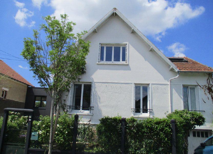 Maison à louer 106m2 à Saint-Cyr-l'École
