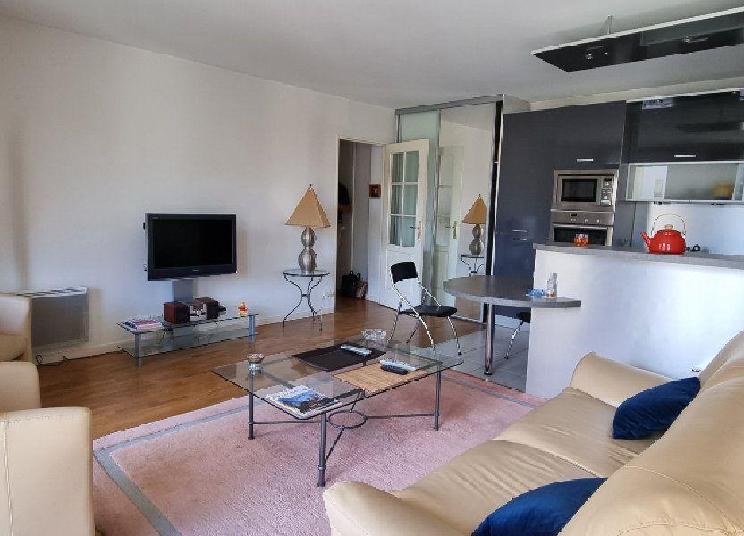 Appartement à louer 47.09m2 à Montrouge