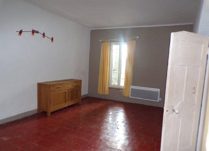 Appartement à louer 70m2 à La Tour-d'Aigues