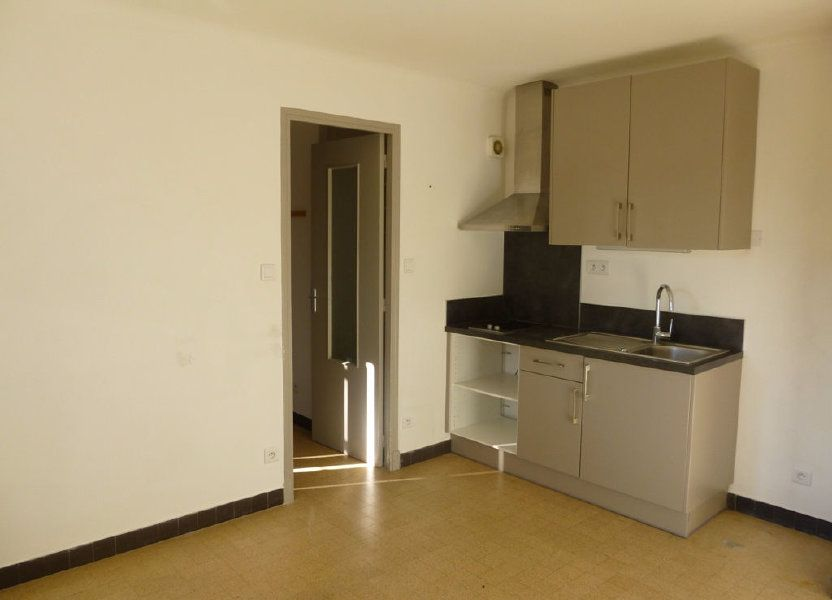 Appartement à louer 28m2 à Carpentras