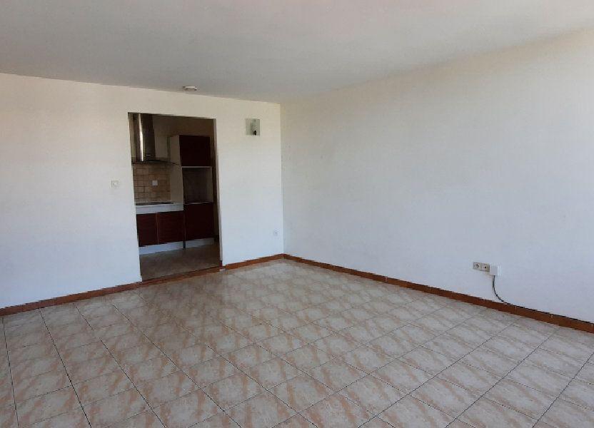 Appartement à louer 65m2 à Carpentras