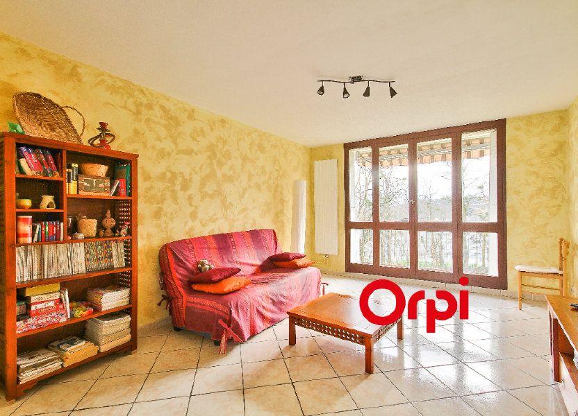 Appartement à vendre 68.31m2 à Pierre-Bénite