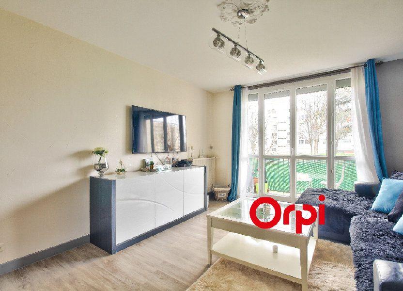Appartement à vendre 83.51m2 à Pierre-Bénite