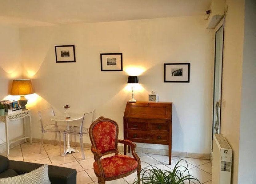 Appartement à louer 32m2 à Bordeaux