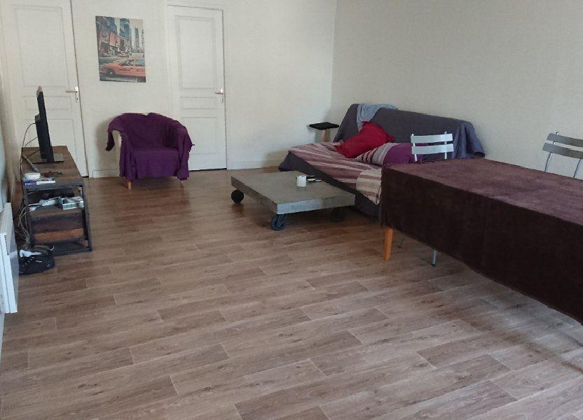 Appartement à louer 63m2 à Léognan