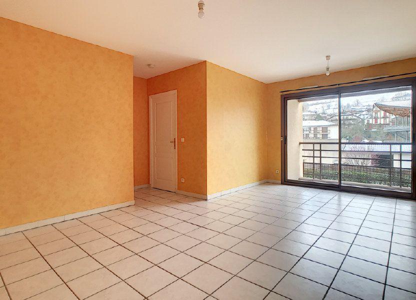 Appartement à louer 54.38m2 à Aurillac