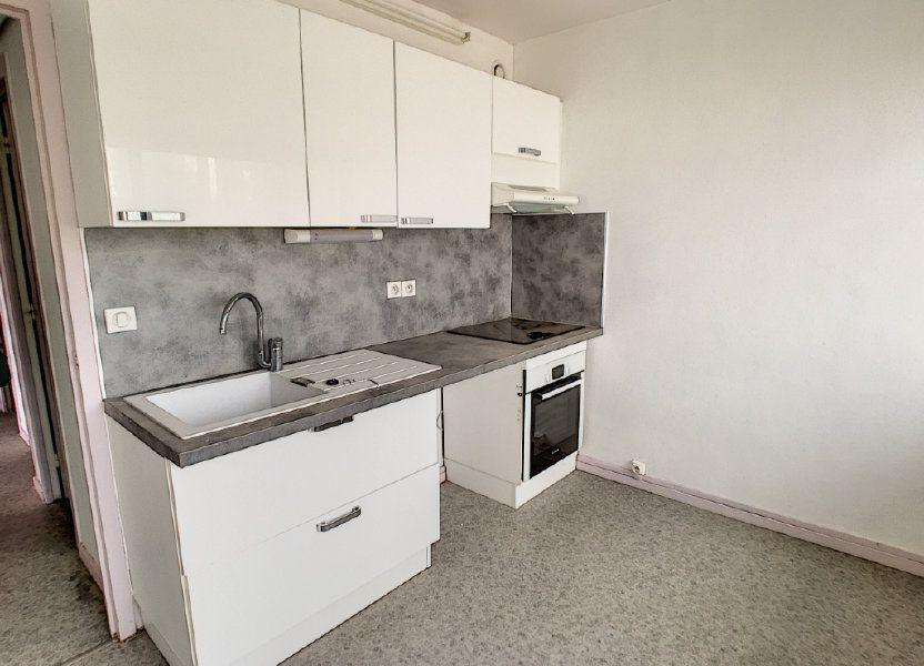 Appartement à louer 73.48m2 à Aurillac