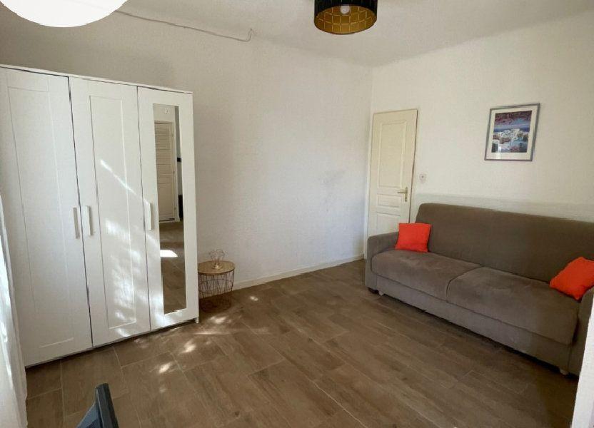 Appartement à louer 27m2 à Sanary-sur-Mer